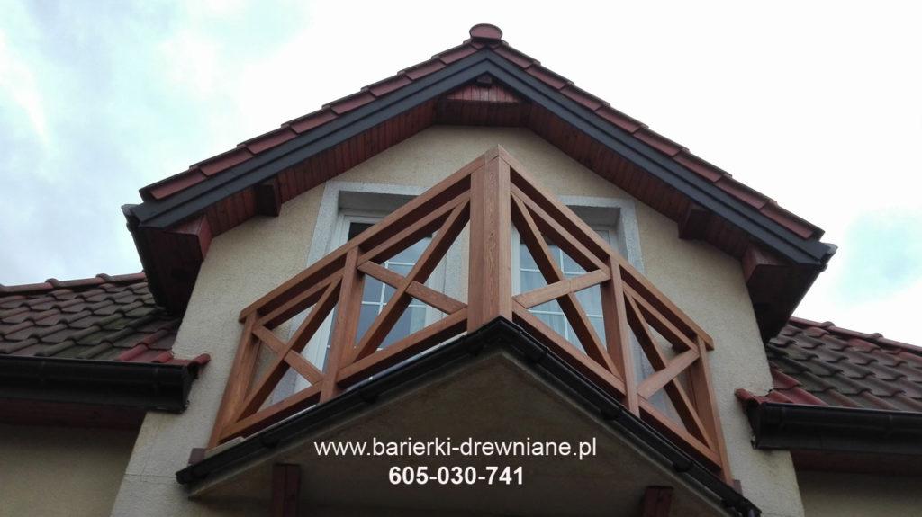 Balustrada drewniana balkonowa